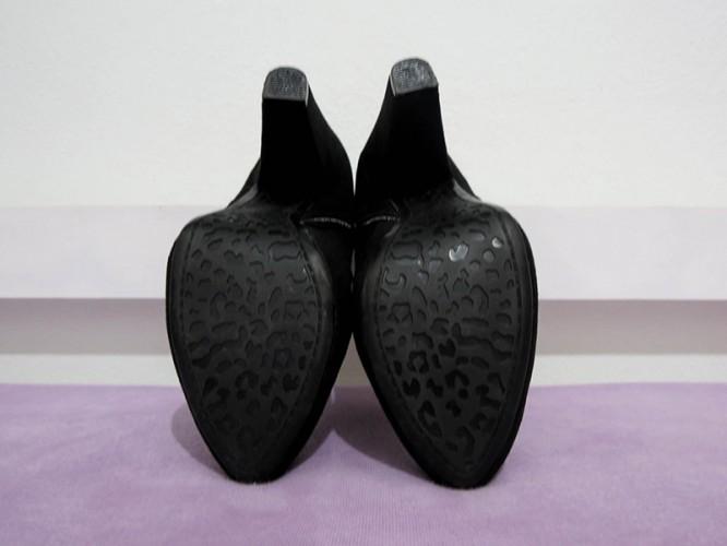 34877c4ee VENDIDO] Desapego: Ankle Boot Moleca Confort - ligarone.com.br