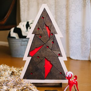 geometric christmas tree puzzle